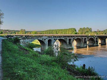 мост на кольо фичето бяла янтра