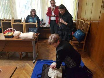 Доброволци на БЧК - Бяла показаха способностите си на румънските колеги
