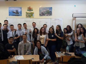"""СУ """"Васил Левски""""- Русе с инициативи по случай Световният ден на мира"""