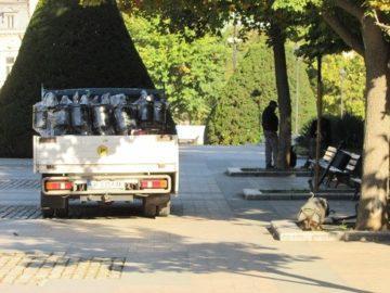 Нови кошчета за смет монтират в центъра на Русе