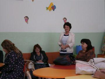 Работна среща на образователни медиатори и педагози за подобряване на сътрудничеството и планиране на съвместни дейности се проведе в Русе