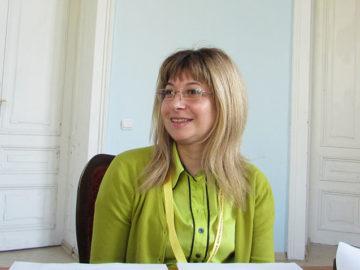 Иваничка Райкова