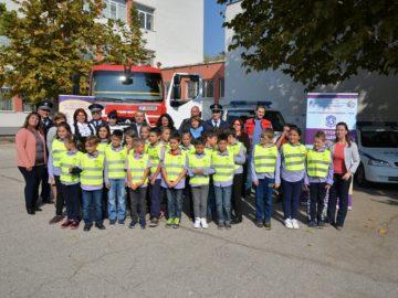 "21 третокласници на СУПНЕ ""Фридрих Шилер"" са доброволците в Детско полицейско управление към Второ районно управление - Русе"