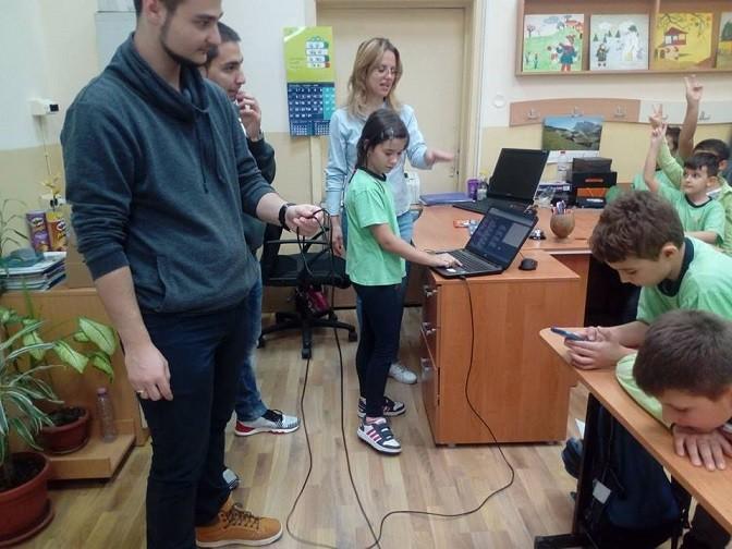 """Основно иновативно училище """"Иван Вазов"""" - Русе се включи активно в Европейската седмица на програмирането"""