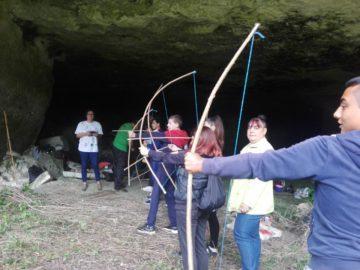 Ученици от ПГРКК - Русе научиха как са живели пещерните хора