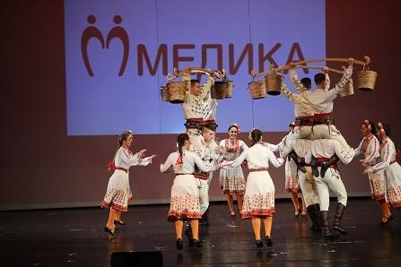 """Екипът на лечебни заведения """"Медика"""" и много гости отбелязаха заедно Деня на българския лекар"""
