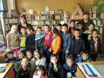 Боровски ученици посетиха библиотеката в Седмицата на четенето