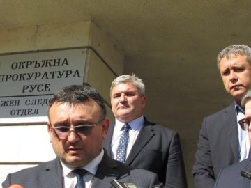 Министър Младен Маринов в Русе: Не подценяваме нито една версия