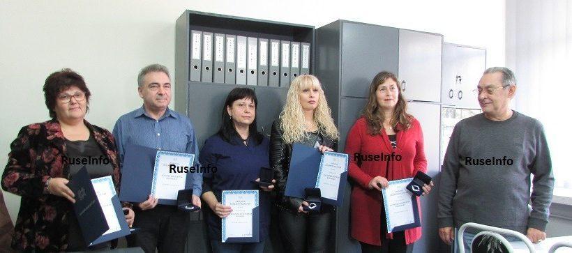 Русенски лекари с награди от РК на БЛС - Русе по повод Деня на Свети Иван Рилски и Ден на българския лекар
