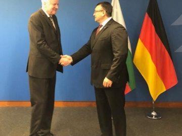 Министър Младен Маринов благодари на Хорс Зеехофер за задържането на извършителя на убийство в Русе