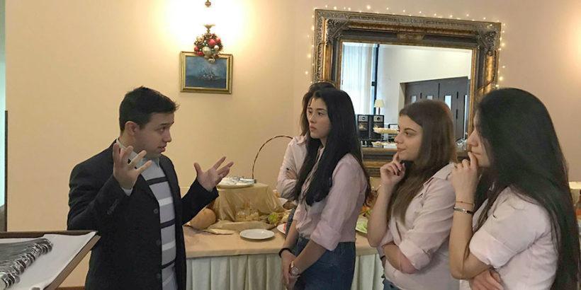 Учениците от ПГ по туризъм – Русе учиха занаят по време на Седмица на професионалните умения в България – 2018 г.