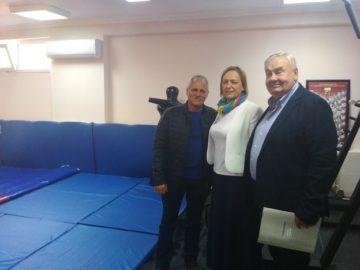 "Клуб ""Дан Колов"" във Ветово получи нова зала по борба"