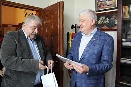 Зам. - кметът Иван Григоров поздрави кмета на Община Гюргево Николае Барбу по случай рождения му ден