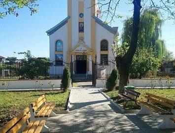"""Завърши вторият етап по обновяване на църквата """"Св. Архангел Михаил"""" в Сандрово"""
