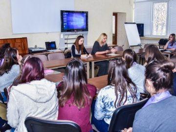 Хулигански прояви на непълнолетни лица дискутираха съдия и ученици в Русе