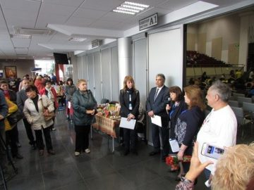 """Десетият фестивал за хора с увреждания """"Светът е за всички 2018"""" бе открит в Канев център"""