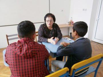 Експерти предоставят безплатни консултации на родители, ученици и педагози в шест русенски училища