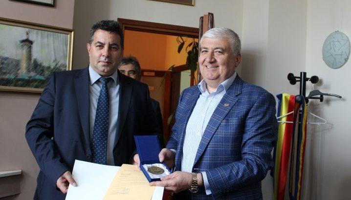Областният управител поздрави кмета на Община Гюргево по повод рожденния му ден
