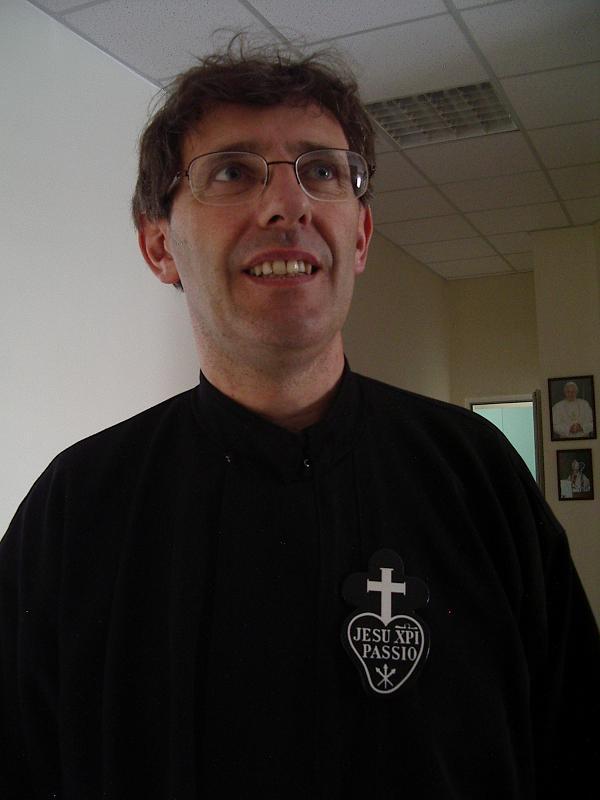 Нека Словото Божие се завърне в сърцето, в душата и в семейството, призовава отец Валтер от Русе