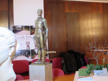 паметник на левски одобрен проект 2
