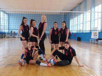 Добро класиране на отборите от ПГТ - Русе в общинското първенство по волейбол за ученици от 11- 12 клас
