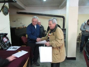 Шест отбора участваха в турнир по белот в Ценово