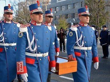 Реплика на сабята на Щефан Велики в Гюргево по повод националния празник