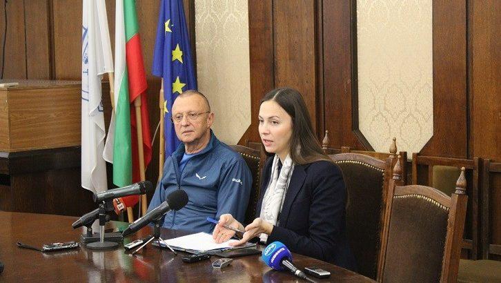 Евродепутатът Ева Майдел в Русе: От 2019 година таксите при преводи в евро намаляват драстично