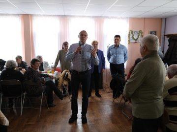 Народните представители от ГЕРБ поздравиха хората от третата възраст в Николово по повод Коледа и Нова година