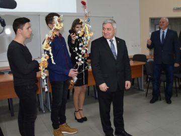 Чуждестранни студенти се запознаха с българскките традиции в навечерието на Коледа