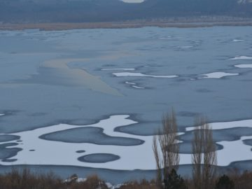 РИОСВ - Русе: Езерото Сребърна замръзна