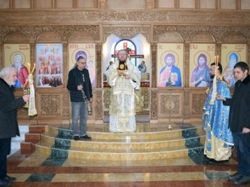 """Рождественско богослужение в храма """"Всех Святих"""""""