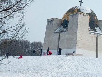 Русенчета използват пълноценно снега въпреки отрицателните температури
