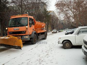 снегорин сняг чистене улица