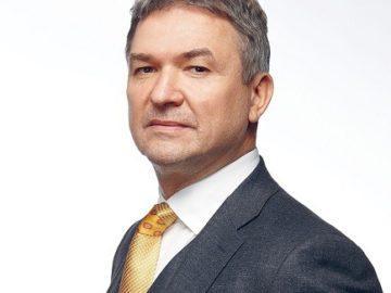 """Българо-румънска търговско-промишлена палата удостоява Пламен Бобоков с титлата """"Почетен член"""