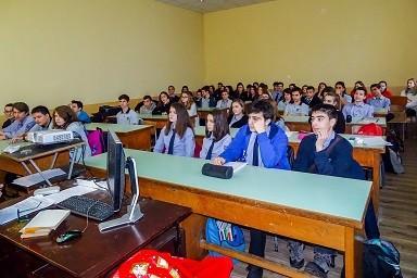 Правата и задълженията на непълнолетните дискутираха съдия от Окръжен съд - Русе и ученици