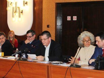 """В Русе отново обсъждаха мерките за превенция на болестта """"Африканска чума"""" по свинете"""