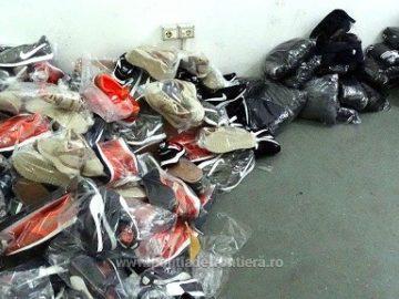 Фалшиви дрехи за близо 50 000 лева задържаха на Дунав мост 1