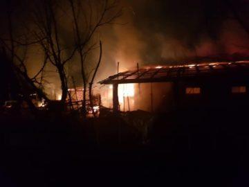 Жена умря при пожар в гюргевско село, изгоряха десетки животни