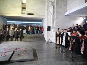 С церемония в Пантеона на възрожденците днес бяха отбелязани 141 години от Oсвобождението на Русе