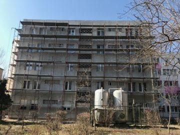 """Възобновено е санирането на 6 блока в гюргевския квартал """"Поликлиника"""""""