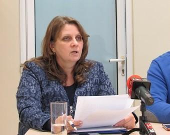 """40 родители и 23 кандидат - детегледачи подадоха заявления в Русенско по схемата """"Родители в заетост"""" - етап 3"""