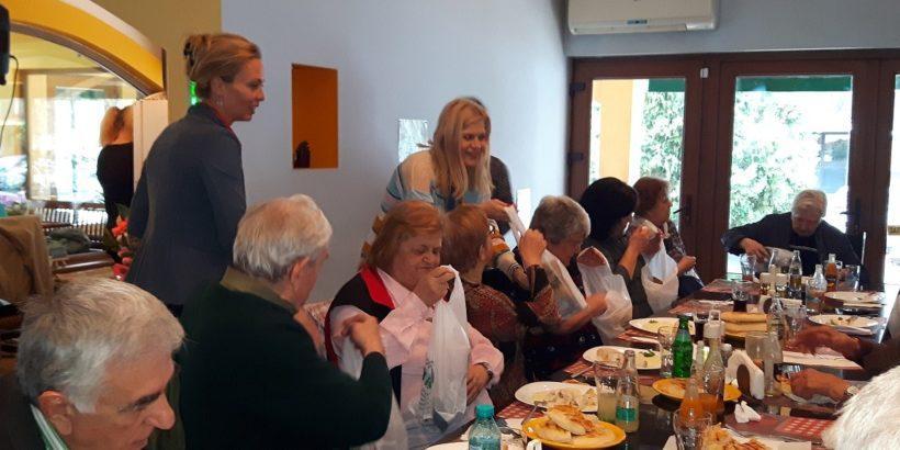 Дамите от Лайънс клуб Русе - Сексагинта Приста участваха в празник по повод Първа пролет