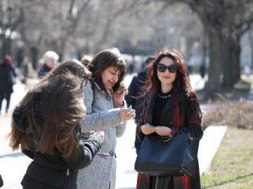 Над 1000 мартеници с пожелания за здраве дариха на русенци от МГЕРБ