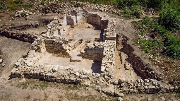 Археологическите проучвания на църква № 16 в Червен представят утре