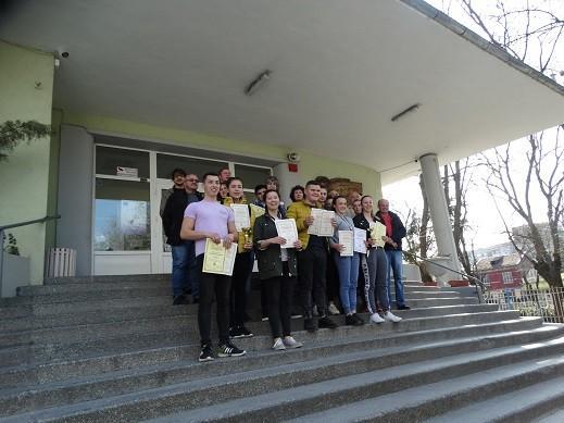 Русенските млади керамици от ПГСАГ първи в националното състезание