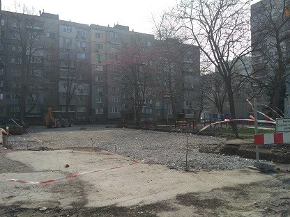 """През тази пролет ще бъде завършен новият паркинг до блок """"Скъта"""""""