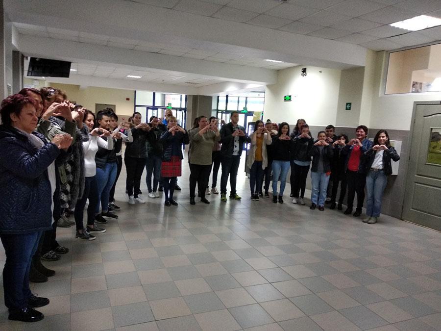 жестомимичен език студенти 1