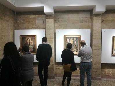 """В РБ """"Л. Каравелов"""" - Русе бе открита изложбата """"Резонанси"""""""