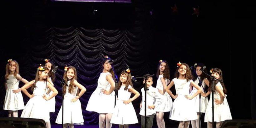 """Вокална група """"Приста"""" се завърна с много награди от национален конкурс"""